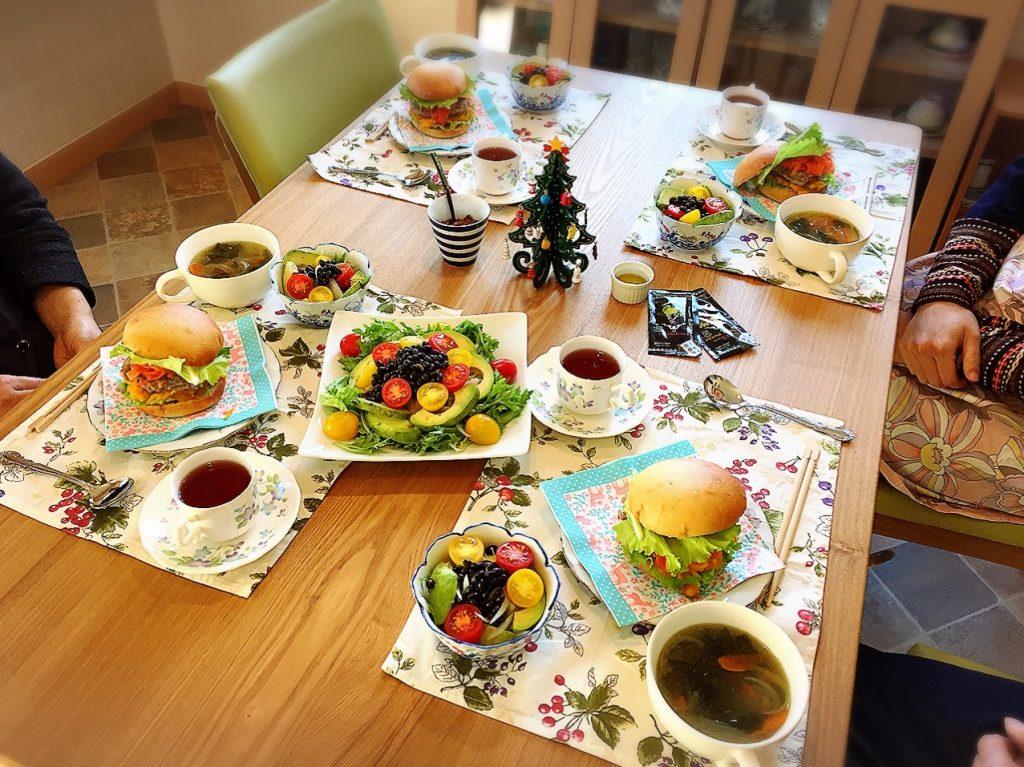 パンのある食卓かぼちゃバーガー
